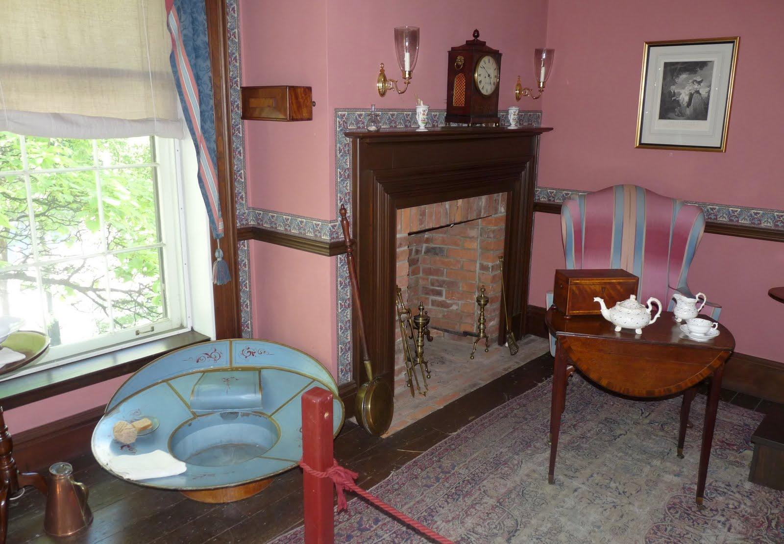 http://3.bp.blogspot.com/_5T6I48gU54Q/TALW6WApOYI/AAAAAAAAGpY/8Xr9O_TFelk/s1600/Campbell+House+Museum+-+Main+bedroom+%26+bathtub.jpg