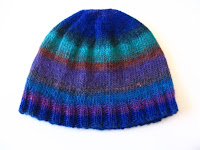 A simple cap in Noro Kureyon.