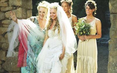 http://3.bp.blogspot.com/_5ThP2_cFFP4/SJ7YsBc2tFI/AAAAAAAAA1E/wx-GoW_t0Cg/s400/dress.jpg