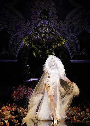 Must Haves - Fashion Shop, Womens Fashion Shops, Celeb, Designer