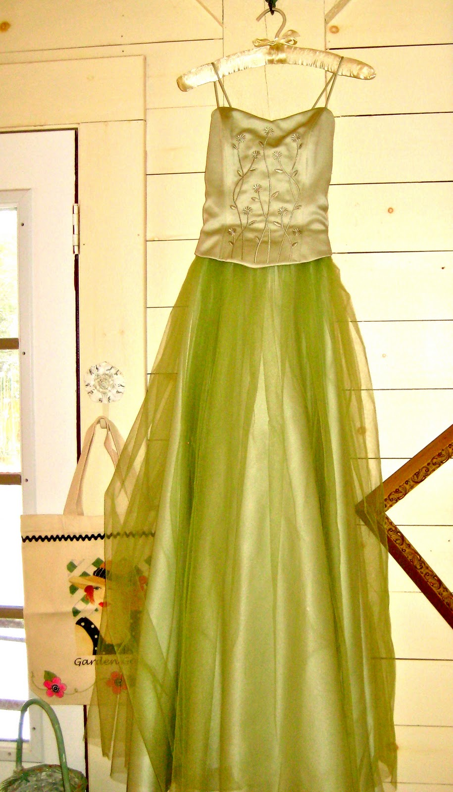 Goodwill prom dresses formal dresses for Donate wedding dress goodwill