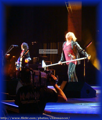 Vivian Campbell and Joe Elliott - 2009 - Def Leppard