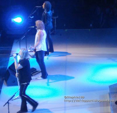 Joe Elliott, Rick Savage, Vivian Campbell - Def Leppard - 2008