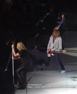 Joe Elliott, Rick Savage, and Vivian Campbell - Def Leppard - 2008