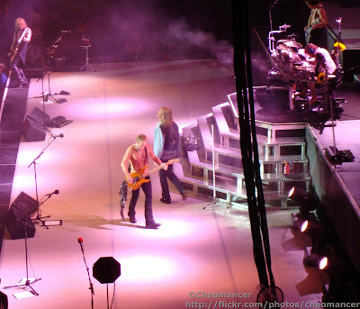 Phil Collen, Rick Savage, Vivian Campbell, Rick Allen, & Joe Elliott - Def Leppard - 2008