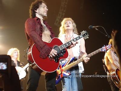 (Joe and) Viv and Sav (and Phil) - Def Leppard - 2008