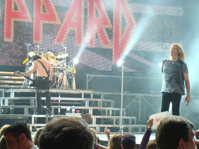 Vivian Campbell, Rick Allen, and Joe Elliott - Def Leppard - 2008
