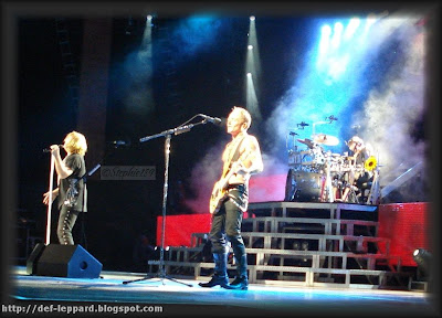 Joe Elliott, Phil Collen and Rick Allen - 2009 - Def Leppard