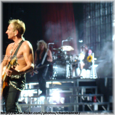 Phil Collen, Rick Savage, and Rick Allen - Def Leppard - 2009