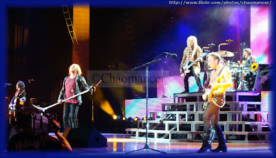 Viv, Joe, Sav, Phil, and Rick - 2009 - Def Leppard