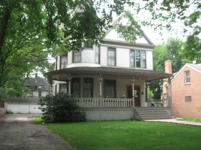 1897 Queen Anne Victorian Home. In this Victorian, Queen Anne