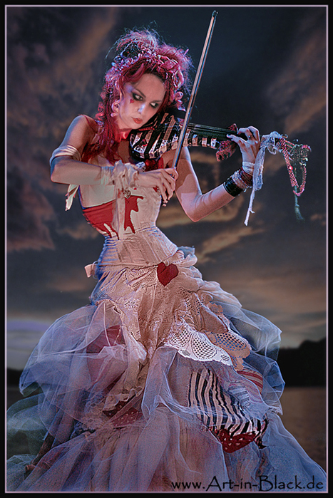 Something Emilie autumn live casually