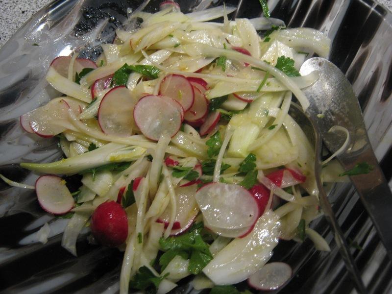 enkelt salater som tilbehør