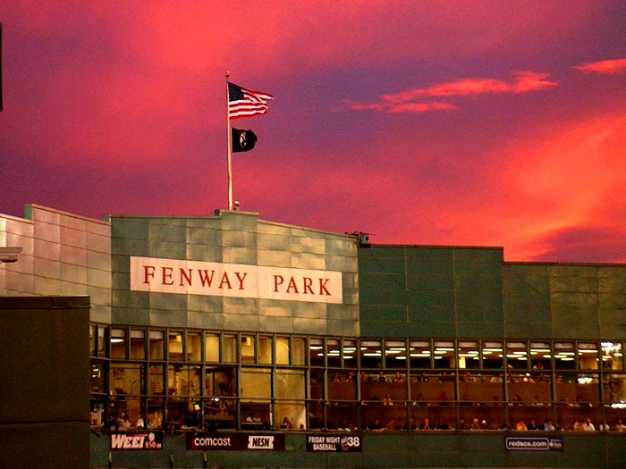 Chicagoans Impression Of The Fenway Park Experience It Sucked