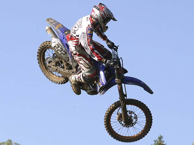 dirt bike wallpapers. dirt bikes pics.