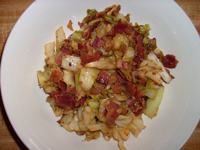 Bacon w/ Cabbage | www.girlichef.com