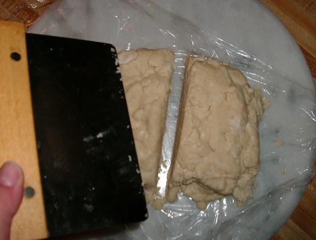 Oh-So-Easy Pie Crust #1   www.girlichef.com