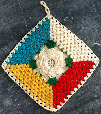 Pansy Dishcloth and Potholder Crochet Pattern | FaveCrafts.com