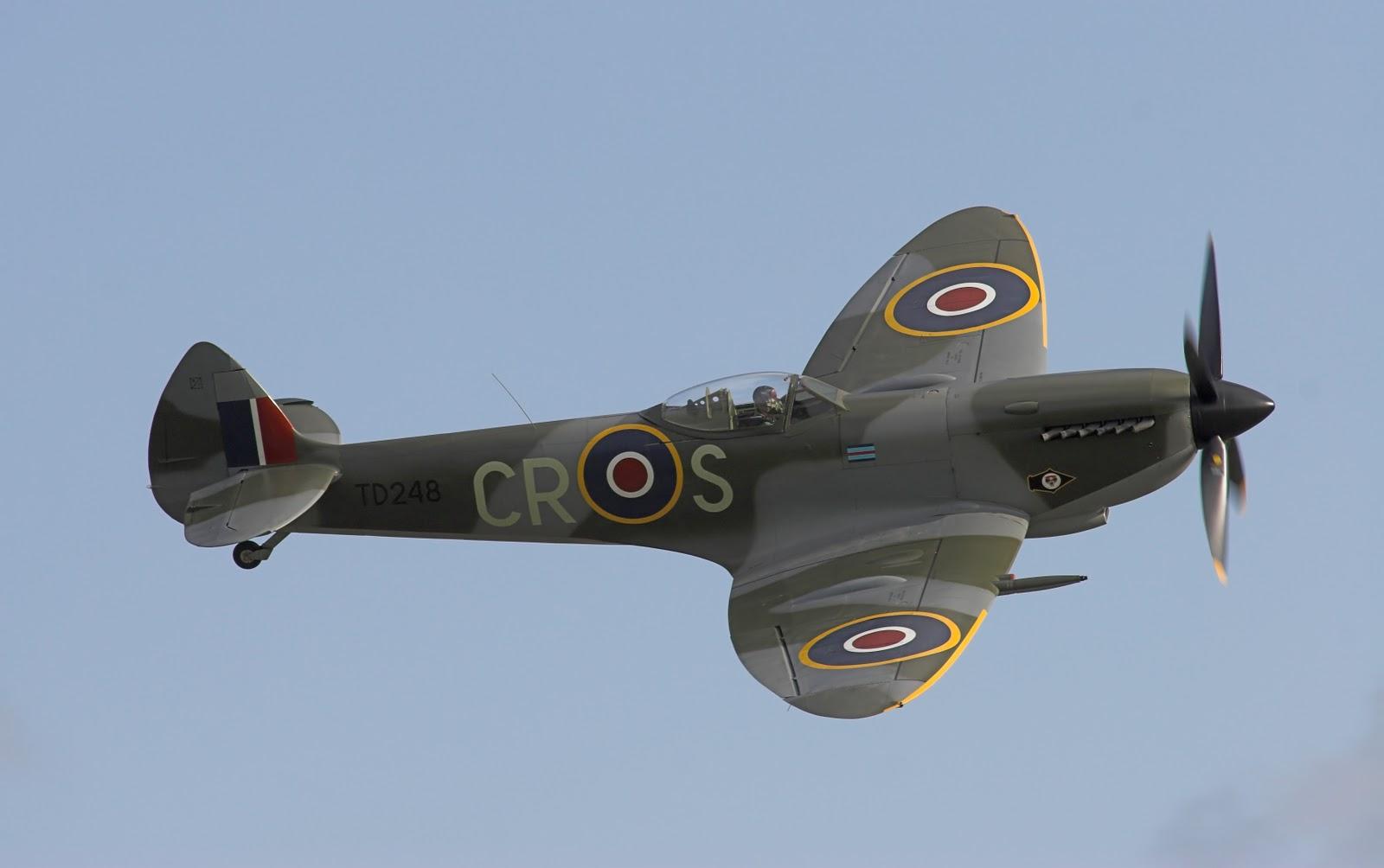 http://3.bp.blogspot.com/_5cW6qfD8A60/TSWZPKf9FeI/AAAAAAAAACg/heAKp4zmDMs/s1600/Supermarine_Spitfire_Mk_XVI_NR.jpg