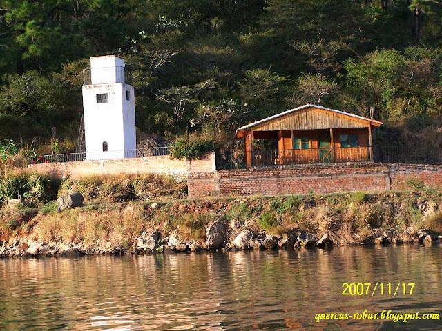 Casa de campo a la orilla de la presa Corrinchis