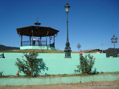 Kiosco a la orilla de la carretera a Vallarta