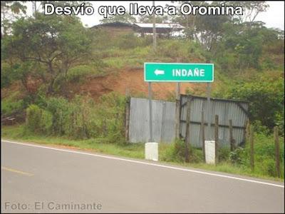 letrero en la carretera fbt al norte de moyobamba que indica el pueblo de indañe (camino a oromina)