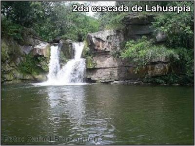 segunda cascada de lahuarpia tomada por rafael benzaquen (moyobamba)