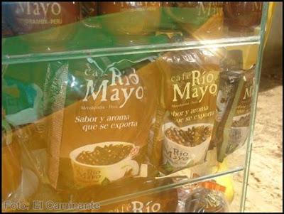 venta de cafe rio mayo en el xiv festival de la orquidea 2009, moyobamba