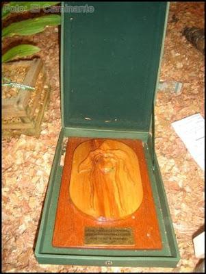 placa conmemorativa en el xiv festival de la orquidea 2009 (moyobamba)