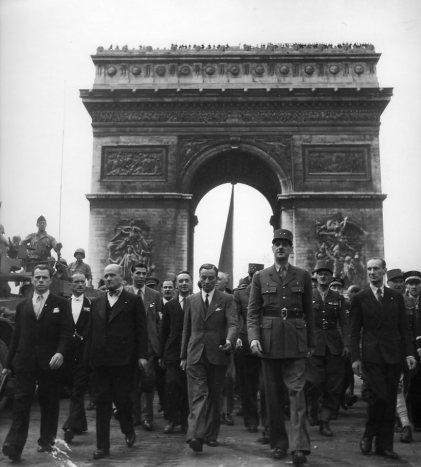 De+Gaulle+sur+les+Champs+Elys%C3%A9e dans zOne Dimanche cuLture !