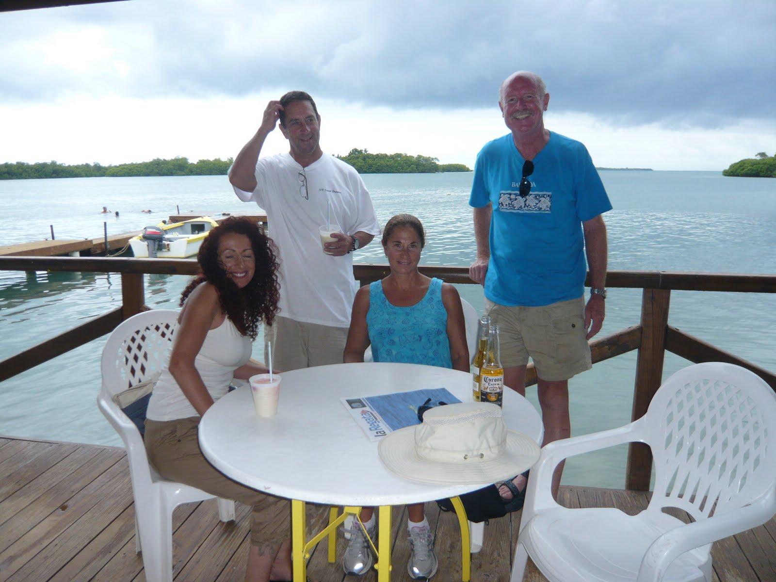 http://3.bp.blogspot.com/_5gOJ9V85V2w/S8pODfRpxzI/AAAAAAAAAxU/91VCgGfQUug/s1600/Tony+Denise+and+Vieques+059.JPG