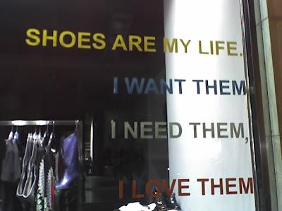 un negozio di scarpe a Verona