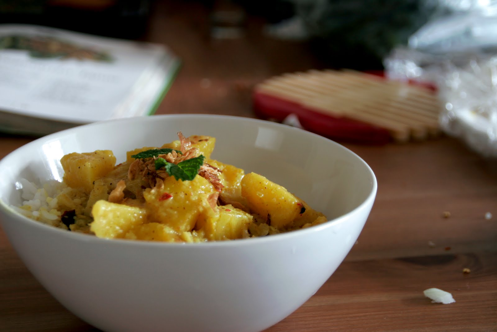 Dorky Cooking: Pineapple Curry