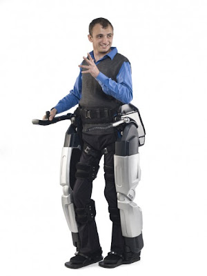 REX, el exoesqueleto que podría ayudar a  los discapacitados