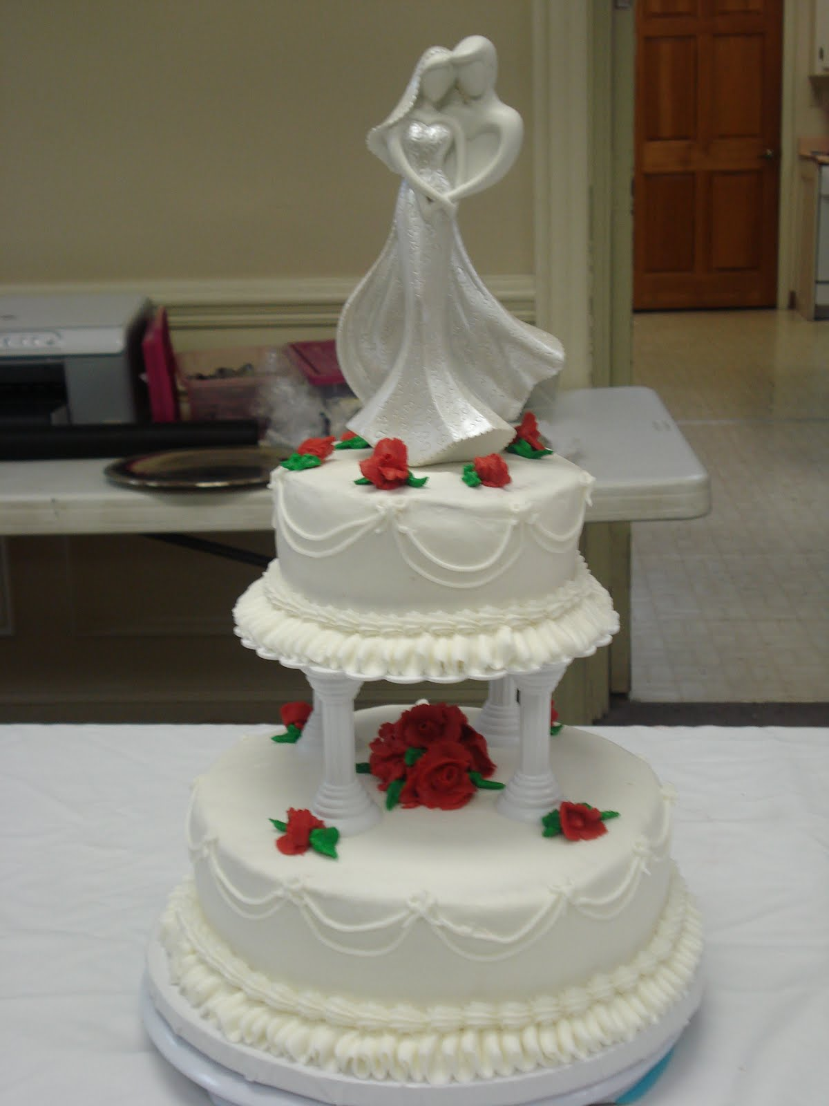 Sweets by shelly new wedding cake for Wedding cake layer