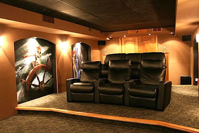 NavigateTrends Top 12 Custom Made Home Theaters