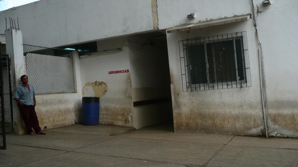 Todo un caldo de cultivo de basterias ba os del area de - Banos del hospital ...