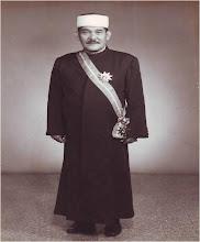 Buku sulong saya 'Sebutir Permata Segunung Jasa : Allahyarham Dato' Haji Abu Hassan bin Haji Sail'