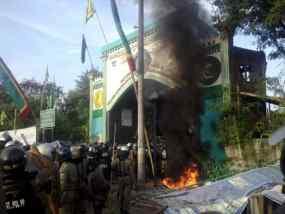 video bentrokan warga satpol pp koja