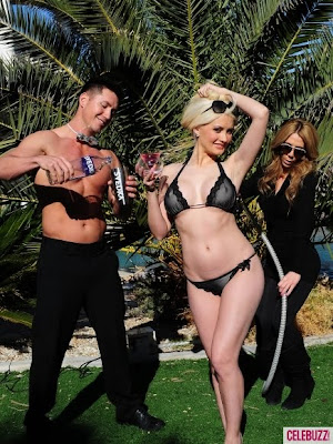 Holly Madison Sexy Black Bikini Pics