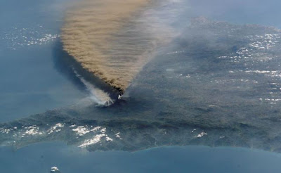 naturalN Kumpulan Foto Bencana Alam, Indah Namun Mengerikan!
