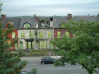 Very sady and sorry state of some beautiful old houses on Edge Lane south