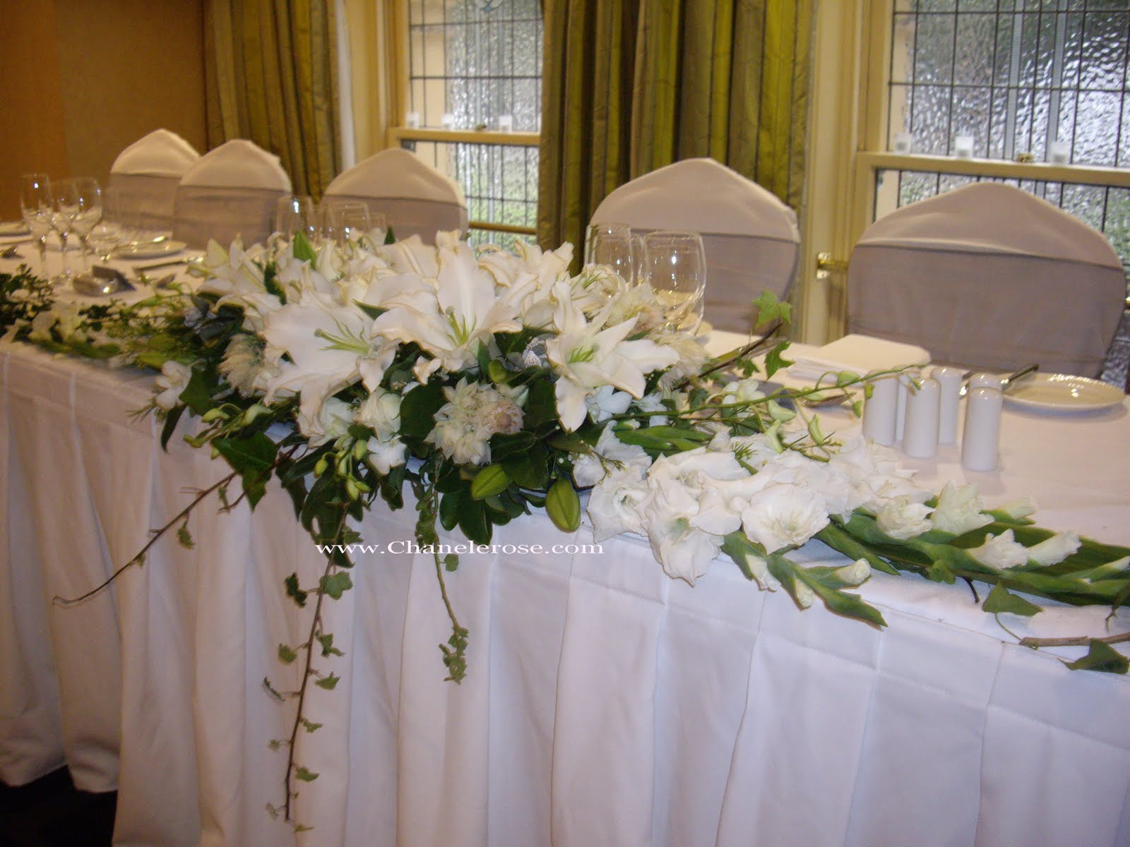 Chanele rose flowers blog sydney wedding stylist for Wedding party table decorations