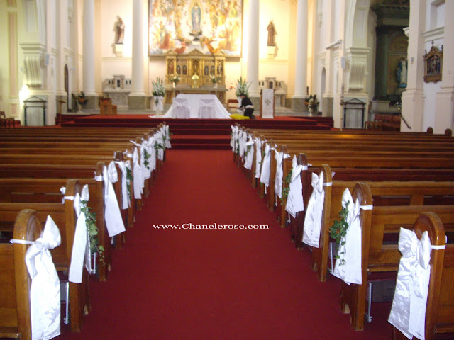 Pew Decorations For Weddings
