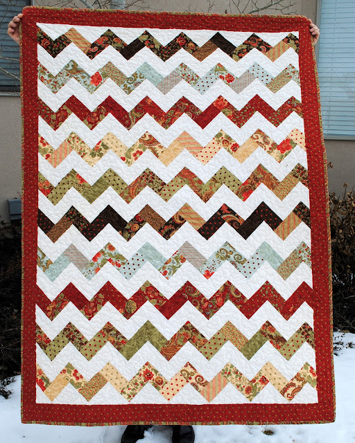Zig Zag Love Quilt Pattern : Hideaway Girl: Finished Zig Zag Quilt