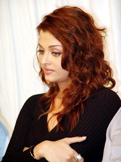 Aishwarya Rai Latest Romance Hairstyles, Long Hairstyle 2013, Hairstyle 2013, New Long Hairstyle 2013, Celebrity Long Romance Hairstyles 2416