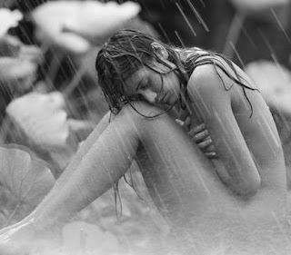mulher+na+chuva+mansa.JPG