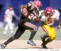 Marshall Faulk playing at San Diego State University.
