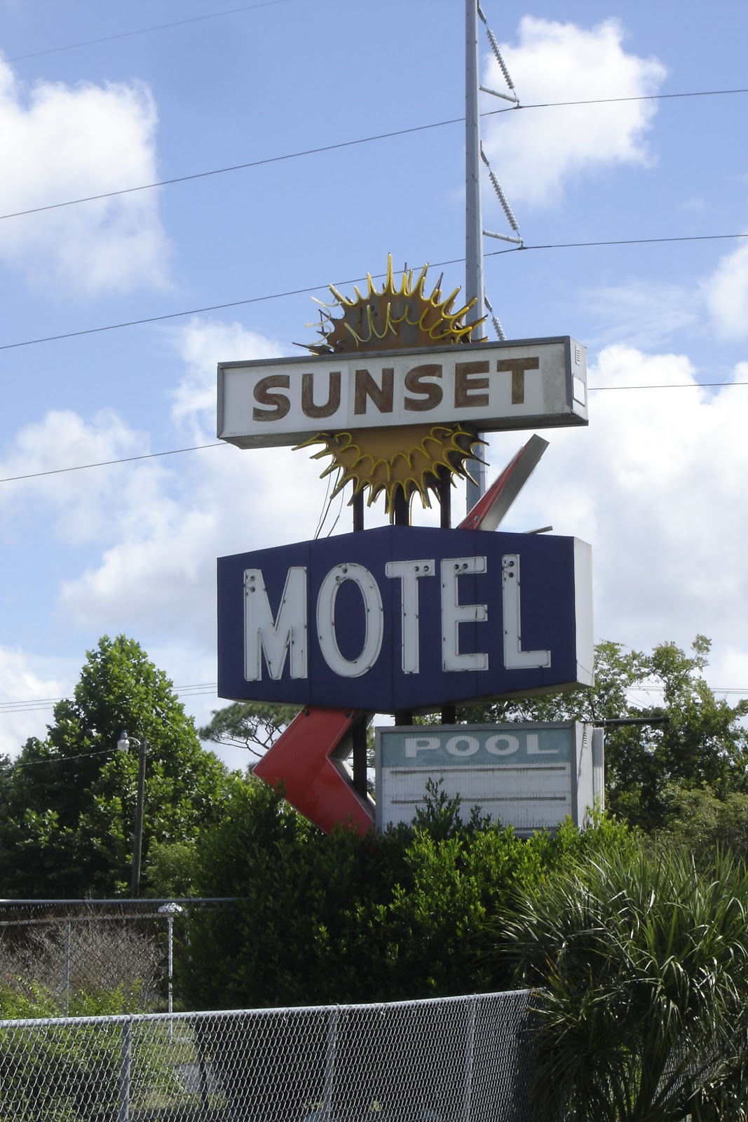 places to go buildings to see sunset motel lakeland florida