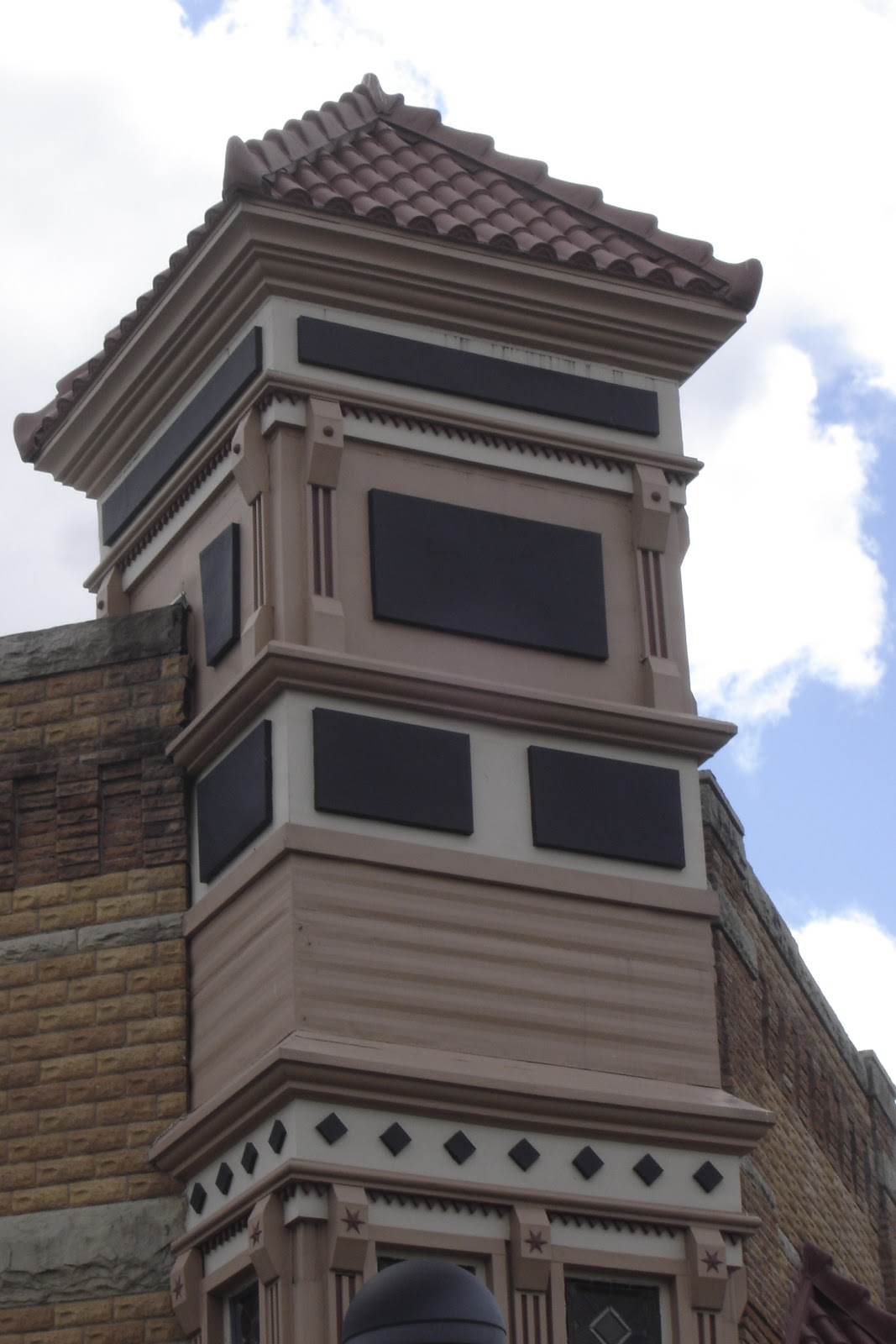 places to go buildings to see commercial columbus indiana